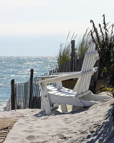 Hamptons chair